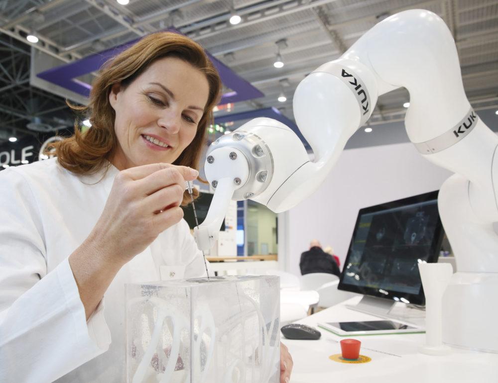MEDICA_Biopsie_Roboter_KUKA